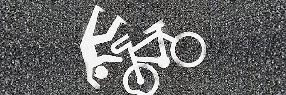 Infortunio ciclista a causa di buca stradale: responsabilità concorsuale del danneggiato