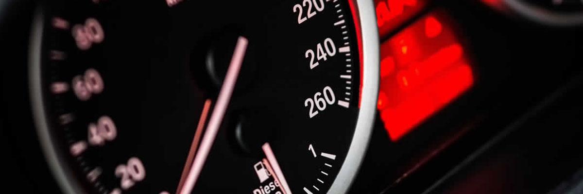 Multa per eccesso di velocità: l'unica tolleranza è quella prevista dalla legge