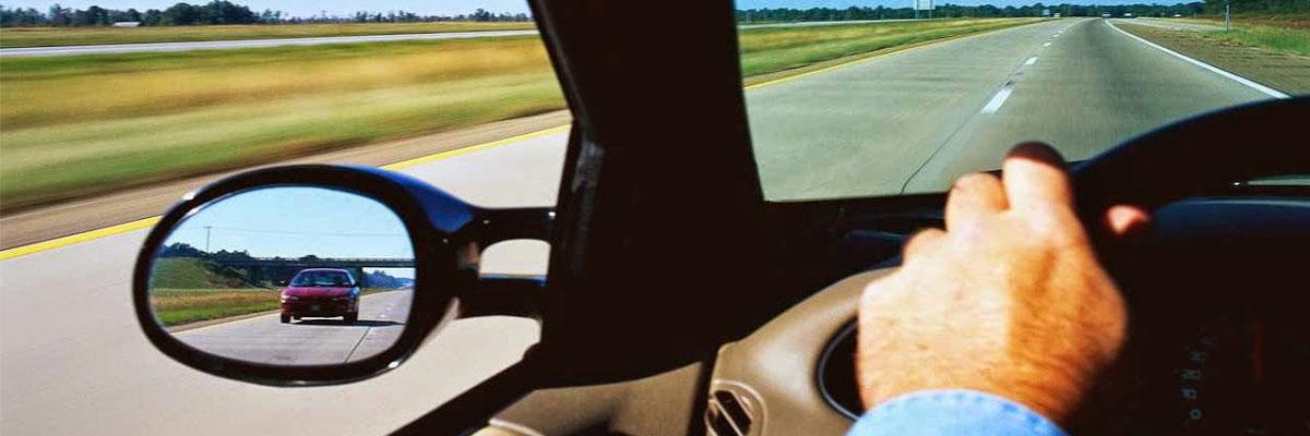 Sorpasso in sicurezza: alcune regole di buona condotta stradale che è bene seguire