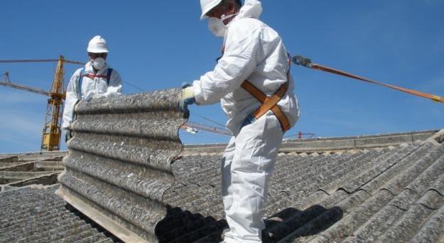 Danno da amianto per la Cassazione è risarcibile la paura della malattia futura.